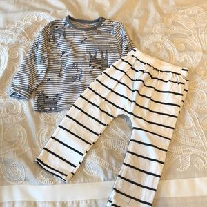 Other - Toddler Boy Outfit 2T